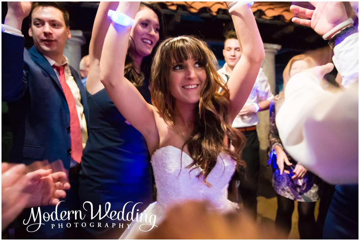 Atlantis Banquets and Events-Long Island Aquarium Wedding Riverhead